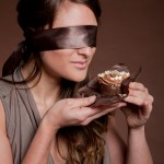 Blindfolded-Women-Eating-Cake