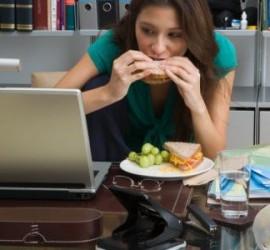 kerja atau makan